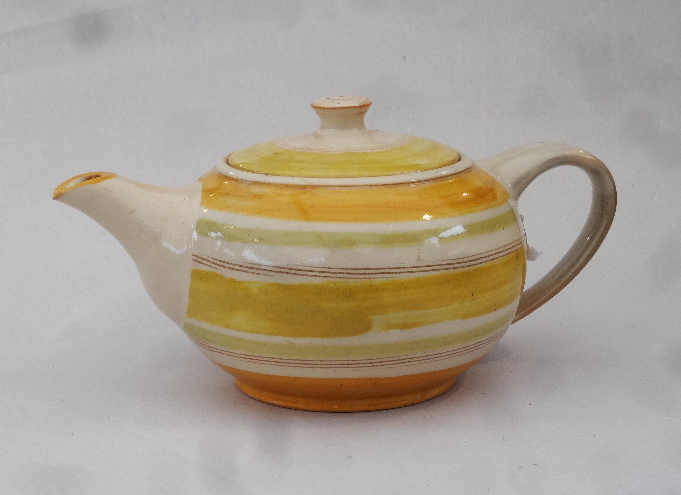 Teekanne gelb gestreift
